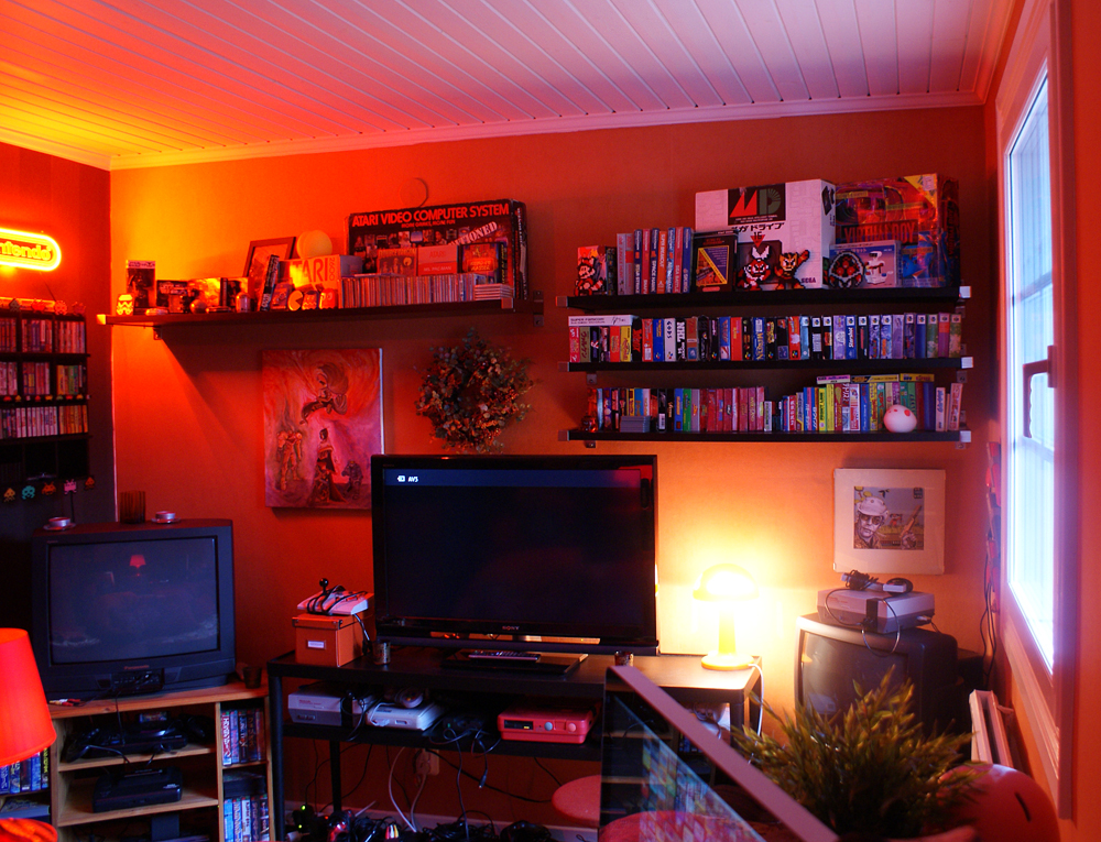 Retro room my collection retro video gaming for Big game room