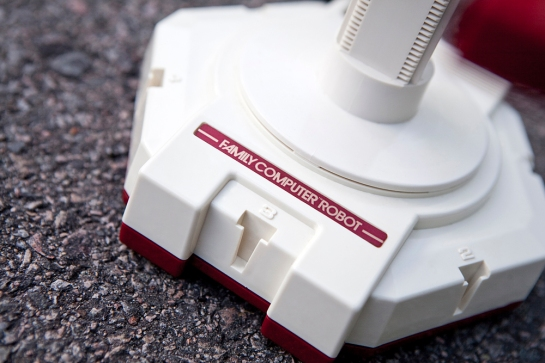 famicom-rob-robot-closeup3