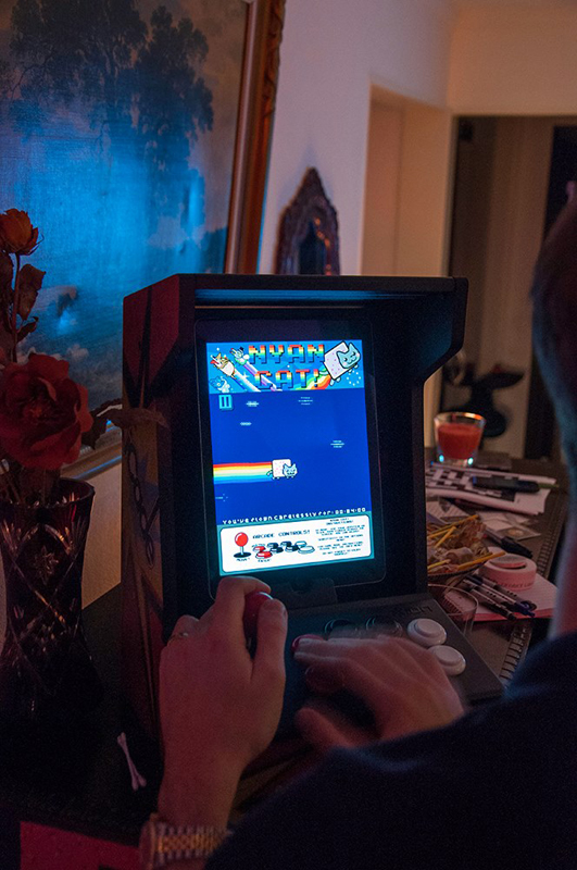 Gaming on the iCade © Jens Andreasson