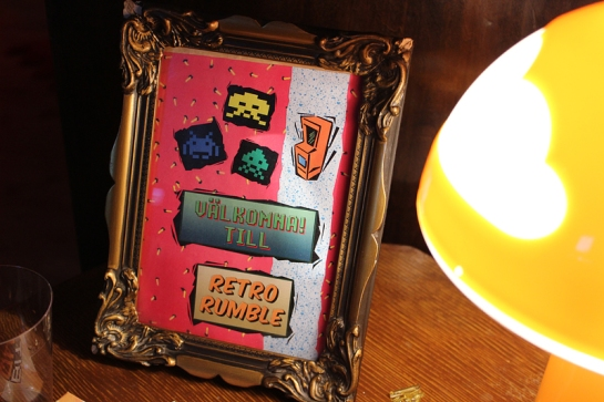 Welcome to Retro Rumble sign © x MissDeLuxe x