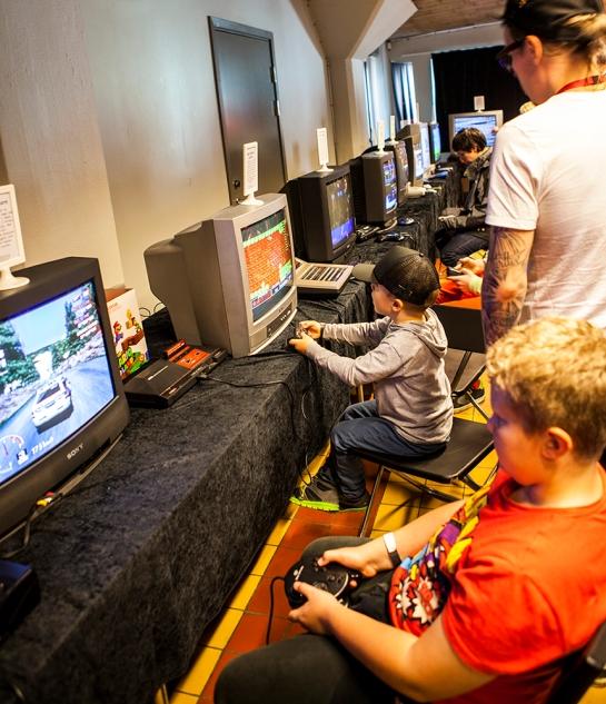 Retrospelsfestivalen-gaming