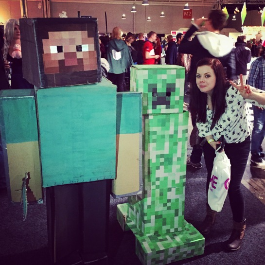 NinjaBrite with Minecraft Cosplayer at Gamex/Comic Con 2014