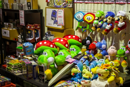 Retro Games and plushies at GAMEX/Comic Con 2014