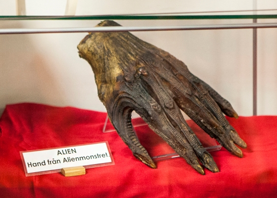 Sci-Fi World Malmö props Alien hand