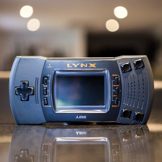 Atari-Lynx-2