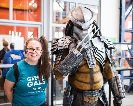 rsm-2015-cosplay-geeky-gals-meet-predator