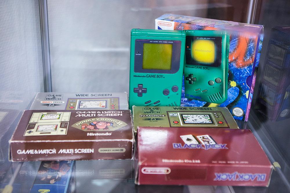 Boxed retro handhelds