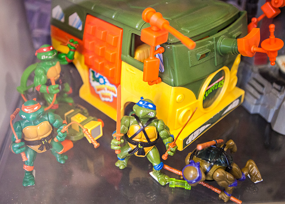 Turtles toys at Backlist Halmstad