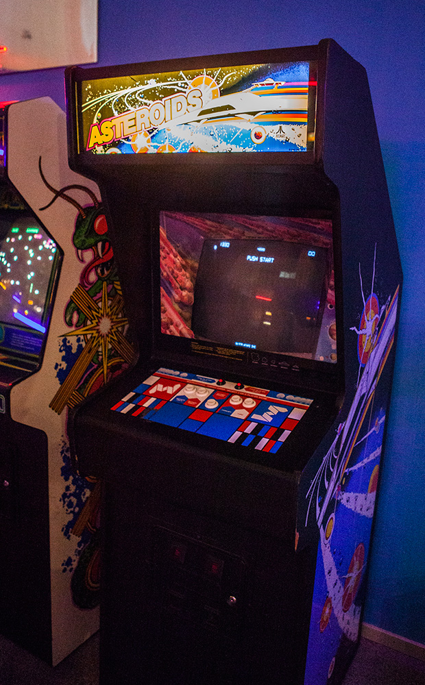 Asteroids Arcade at Game Masters