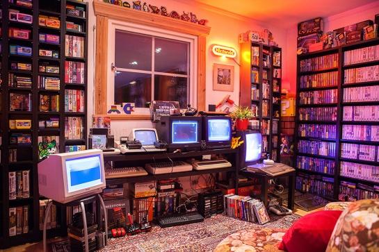 Heidi stopXwhispering's Retro Game Room setup