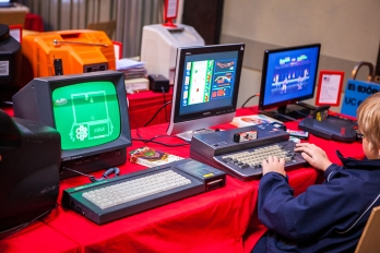 Kids gaming at Retro Gathering