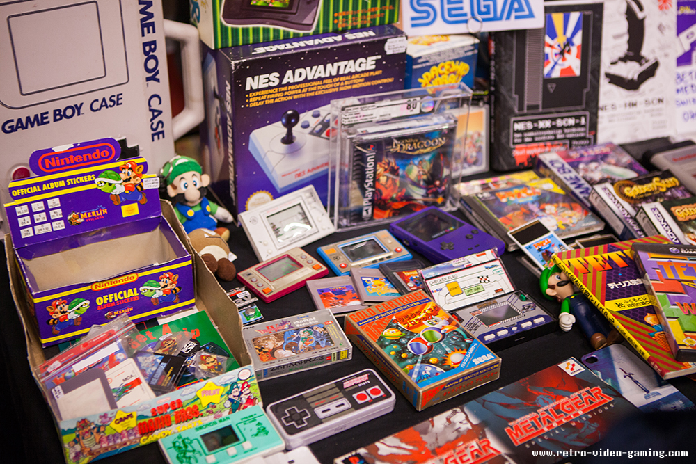 Game & Watch and other stuff for sale at Retro Gathering