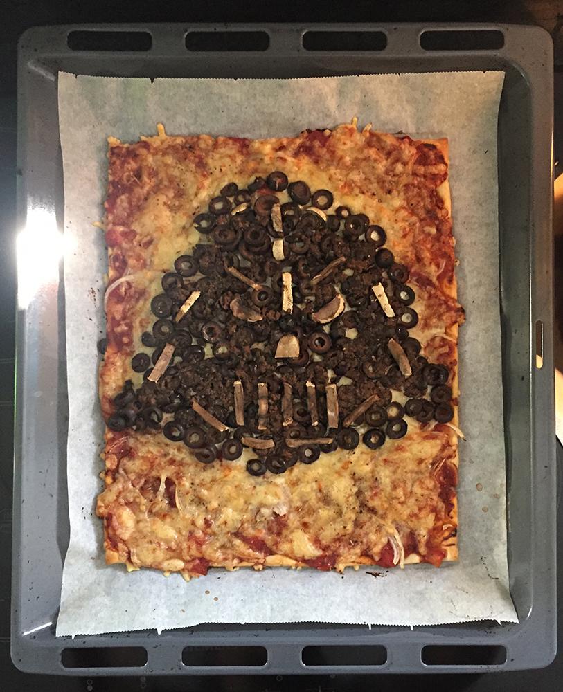 Star Wars Pizza Darth Vader baked