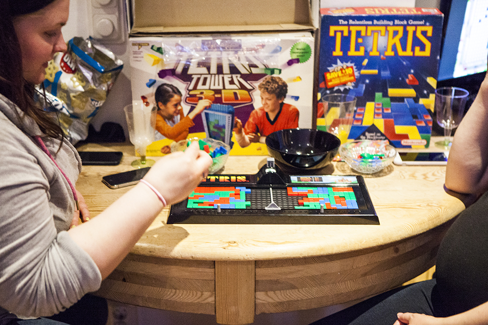 Josefin playing Tetris board game