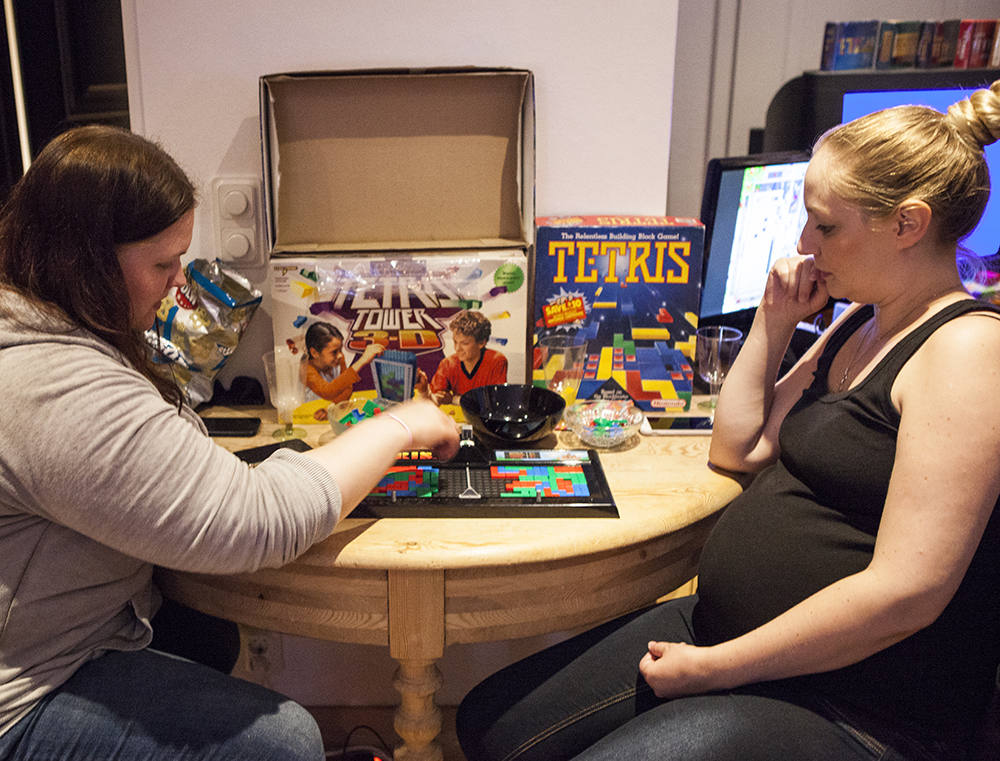 Josefin vs Annett in Tetris the board game