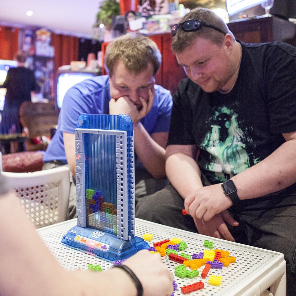 Playing Tetris Tower 3D