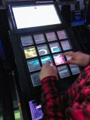 Thomas Sol Sunhede playing Jubeat at HEY