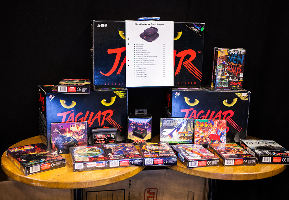 Minty Atari Jaguar games and accessories for sale